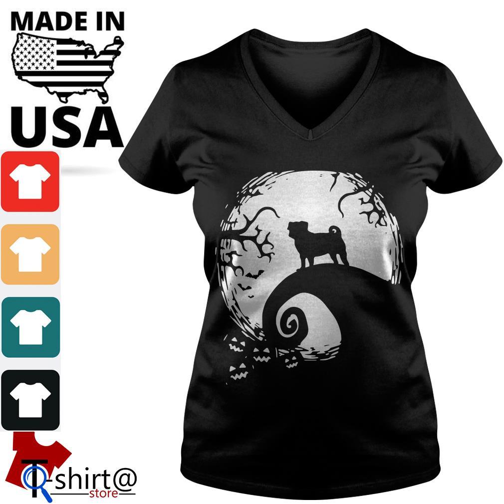 Pugs Dog and Halloween V-neck t-shirt